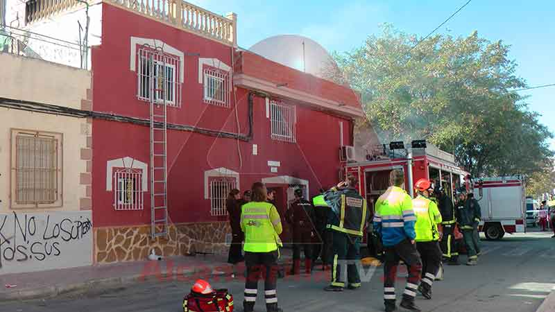 Incendio en Calle Mar Menor